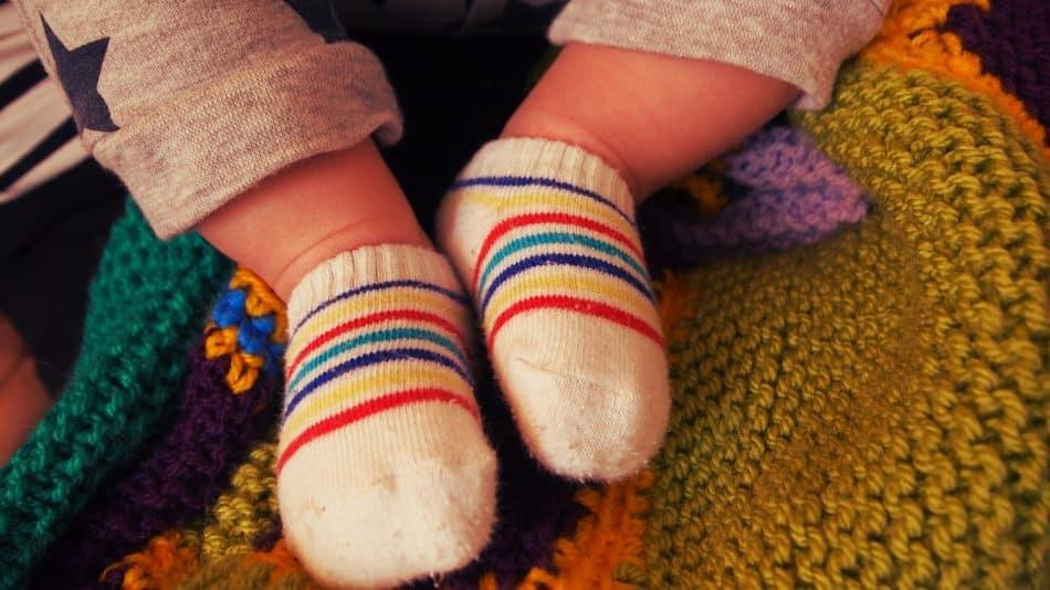 Comment choisir des chaussettes pour votre bébé?